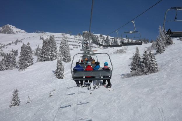 ski-lift-999226_1920